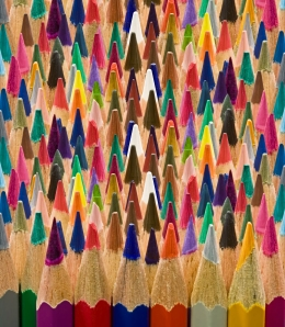 shutterstock_96665545 (colored pencils)